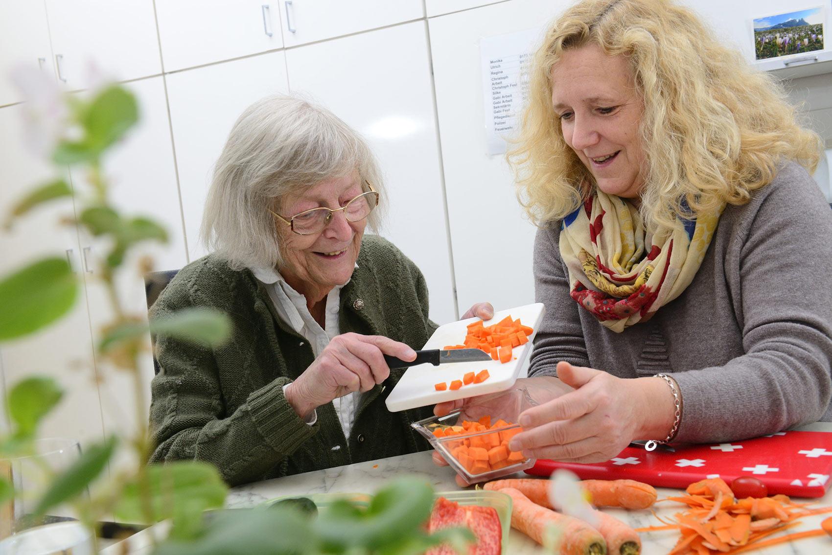 Curahome Seniorenbetreuung